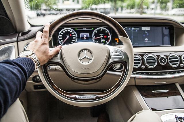 Jak styl jazdy wpływa na kondycję oleju w samochodzie?